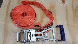 13686  Spännband + Spännare Omvänd 2-4 t 9,5+0,5 ögla