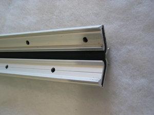 10265 Gångjärnaslist TE-200 Plattrem-alu  L=3500 mm