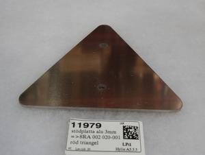 tukilaatta alu 3mm =>8RA 002 020-001 pun. kolmio