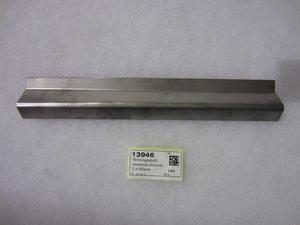 13946 Nötningsskydd sesamtak-dörrsida L=340mm