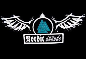 Nordic Attitude - Logga - Svart - T-shirt