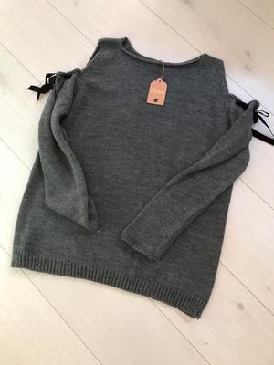 Mysig stickad tröja i grått one size S-M