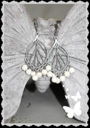 ö2 Söta örhängen i silver och natursten