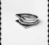 Bling design ring i stål och stenar storlek L
