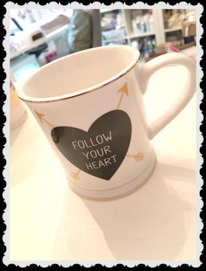 Porslins kopp `Follow your heart`