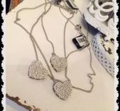 Halsband med bling hjärta
