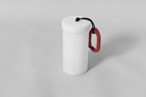 Baitbox, cylinder, 4 mm with carabiner hook