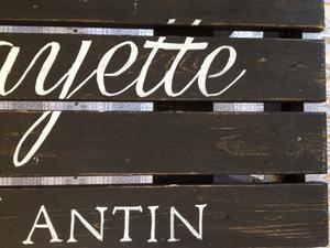 Svart sittbänk Galeries Lafayette