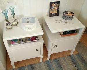 Sängbord nattduksbord med söta tassar