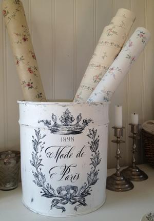 Stor burk / papperskorg / kruka Mode de Paris med krans o krona