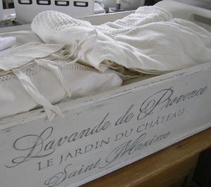 Jättestort tråg med fransk text Lavande de Provence