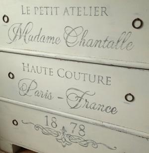 Byrå 1800-tal Le petit atelier Madame Chantalle