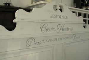 Sängavel med fransk text