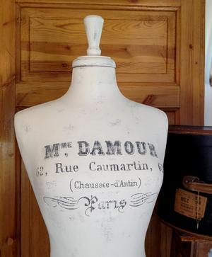 Provdocka Madame Damour Haute Couture