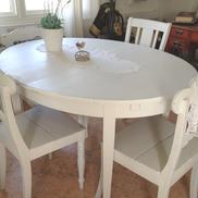 Ovalt matbord köksbord jugend