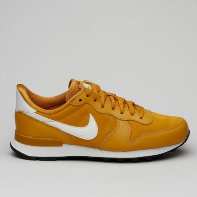 Nike W Internationalist Se Gold Suede