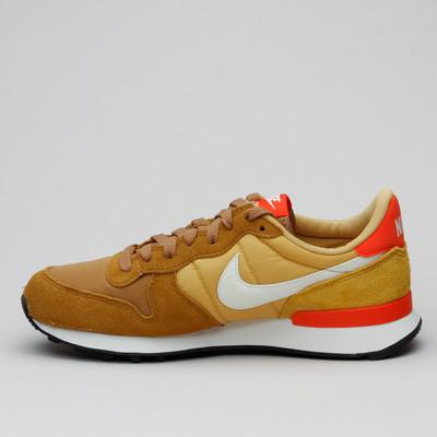 Nike Wmns Internationalist Mtdbrz/Smtwht