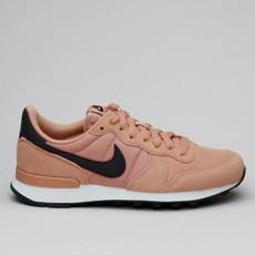Nike Wmns InternationalistRosgld/Oilgy