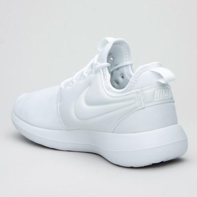 Nike W Roshe Two Wht/Wht/Pure Plat