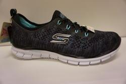 SKECHERS - sko black/aqua, Memory Foam, air cooled och med resår istället för snörning.
