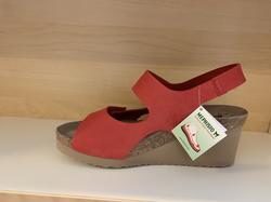 MEPHISTO Sandal i röd nubuck-skinn, kilklack 7 cm, Air-Relax innersula, kardborband. Jättesköna.