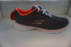"""Skechers dam-sko  """"Go Walk"""" textil grå/orange, med Memory Foam innersula."""