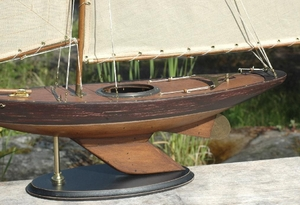 BERMUDA SLOOP OLD FINISH