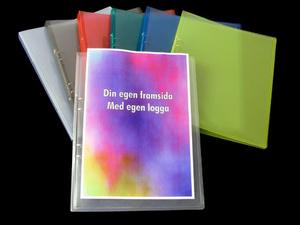[Utgående] Pärm A4 PP blå cristaline 20 mm rygg med ficka och 16 mm triomek visitkortssnitt på sida 2