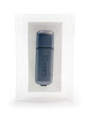 Självhäftande fodral USB med klaff i glasklar pp, permanent, 10-pack