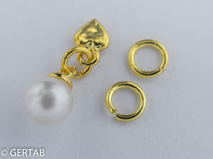 Nageldekor hängsmycke pärla guld