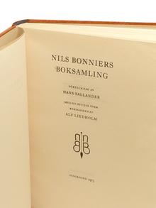 Nils Bonniers boksamling. Förtecknad av Hans Sallander. Med en studie över bokbanden av Alf Liedholm. (Catalogue of the Book Collection of Nils Bonnier by Hans Sallander. With an Essay about the Bookbindings by Alf Liedholm.)