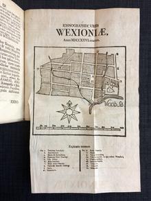 Lagerbring, Sven (preses) | Linnaeus, Samuel (respondens): Dissertatio academica, de Wexionia urbe Smolandorum. 1-2.