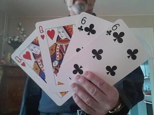 Trekorts-tricket med fyra kort