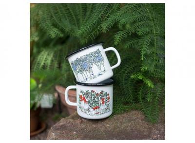 Elsa Beskow Lingonberries enamel mug 2,5 dl