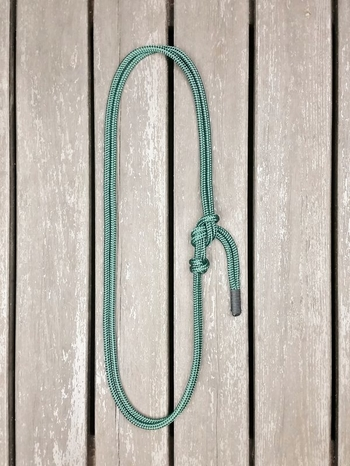 Throatlatch with rope halter tying
