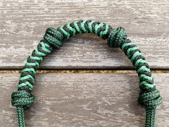 Standardrepgrimma med extra nosknutar och flätat nosband - Cob, Mörkgrön