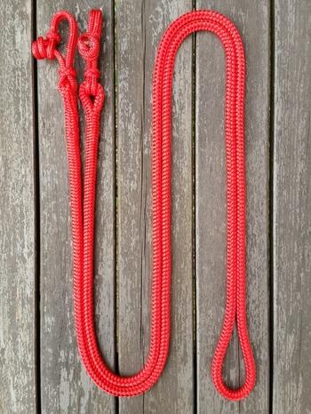 Hela tyglar med repfästen - 10 mm, 3 m, Röd