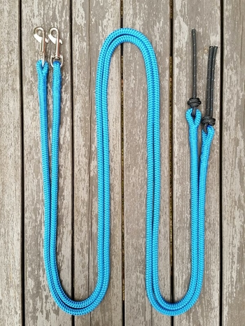 Split reins with permanent bolt snaps and rope poppers - 10 mm, 2 x 2,20 m, Blue