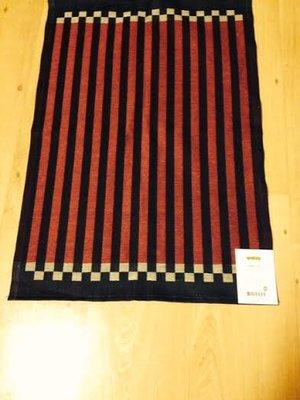 Handduk svart /röd/ linne från Ekelunds