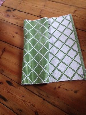 Matta grön/vit från B&J