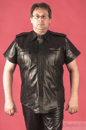 Kortärmad läderskjorta