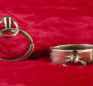 Oval Handcuffs in Stainless Steel Medium