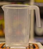 Plasttillbringare 1 liter