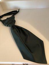 Kravatt och näsduk mörkgrön