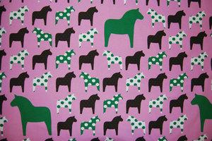 Rosa jersey med prickiga hästar  - EKOLOGISKT