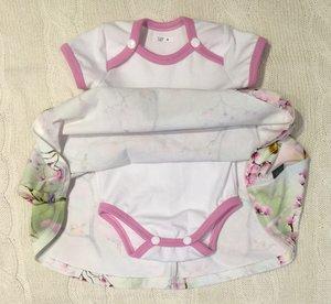 BESTÄLLNING av Body-klänning