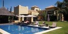 Villa for sale in Guadalmina Baja Costa del Sol 5 beds