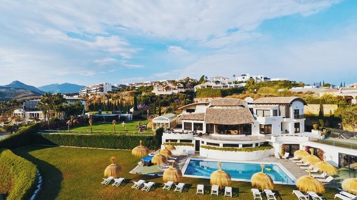 Lyx villa uthyres i Los Flamingos 10 sovrum