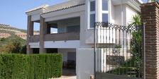 Villa for sale in La Alquería Benahavis 5 beds