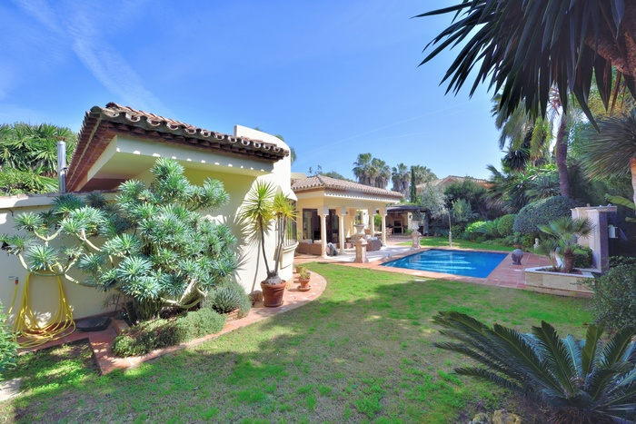 Hus till salu Estepona Costa del Sol 3 sovrum